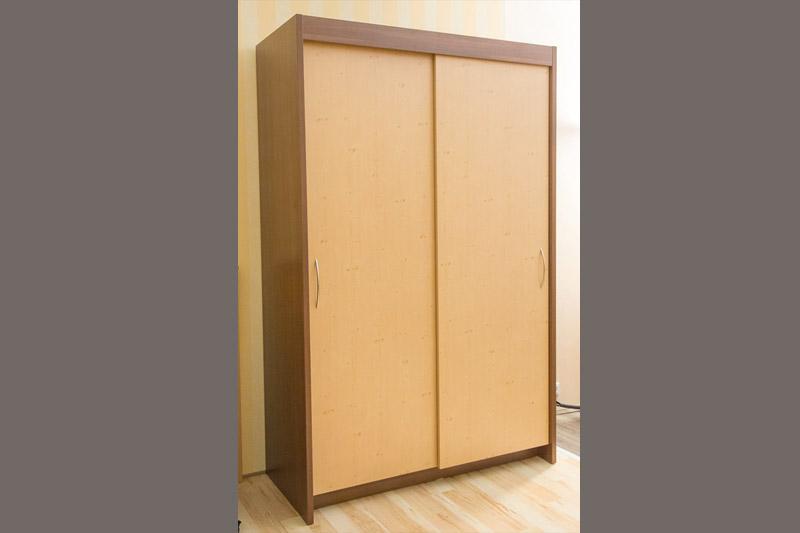 kleiderschr nke medicasa pflegebetten. Black Bedroom Furniture Sets. Home Design Ideas