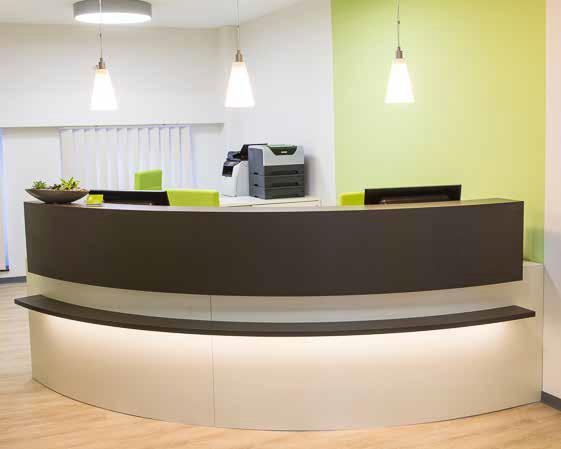 Fußboden In Arztpraxen ~ Moderne praxiseinrichtungen für arztpraxen medicasa pflegebetten